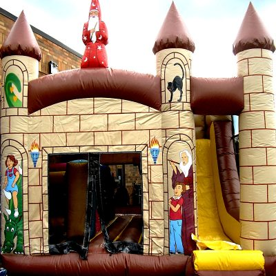 Combo-4-in-1-wizar-Castle-Chicago-Party-Rental