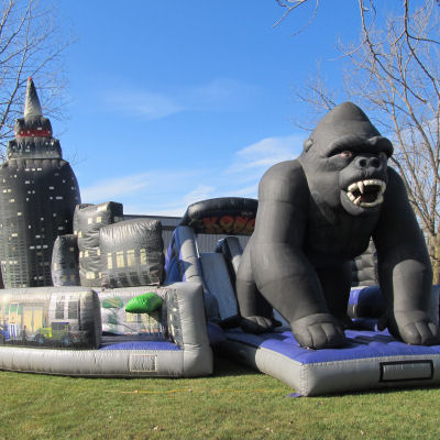 king-kong-obstacle-course-chicago-party-rental