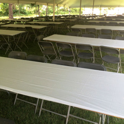 8ft-banquet-table-chicago-party-rentals_b0bb6a308901a9a0e55639944f90c684