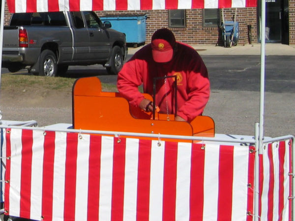 Carnival-Fronts-chicago-party-rental
