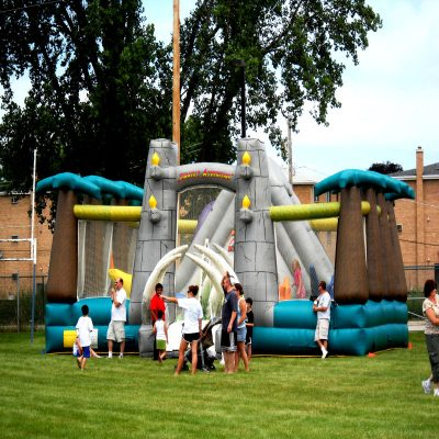 Jurassic-Adventure-Inflatable-Chicago-Party-Rentals