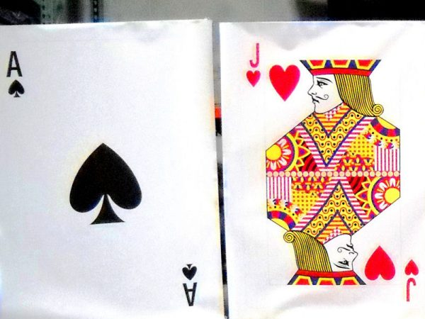 Life-Size-Playing-Cards-Chicago-Party-Rentals
