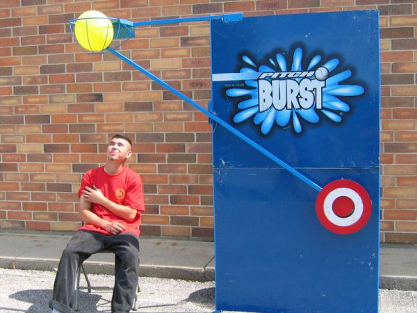 Pitchnburst-chicago-dunk-tank-rental