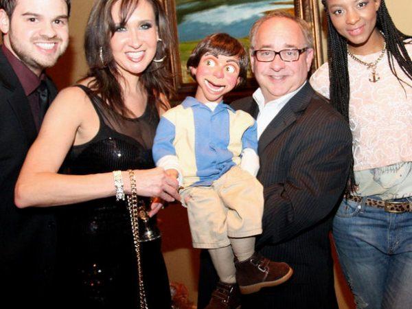 Ventriloquist-act-chicago-event-entertainment