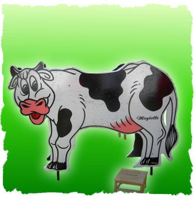 carnival-game-cow-milking_1e3fdfe0b386915c5bcf072e86b5a445