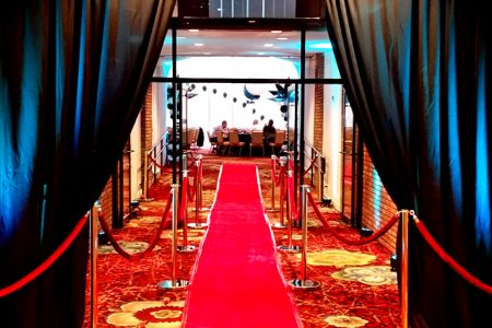 grand-entrance-chicago-event-decor-rental