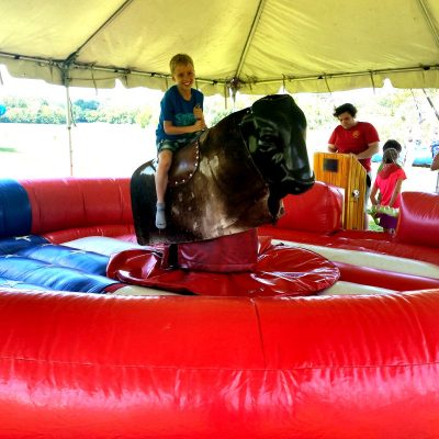 mechanical-bull-chicago-event-rental