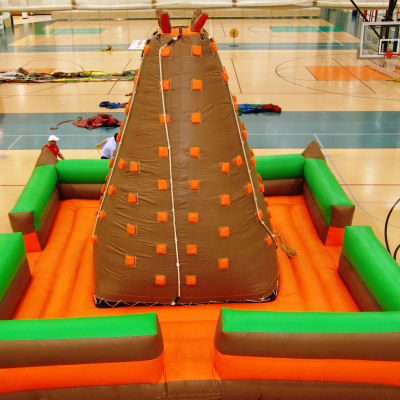 mount-fun-climbing-wall