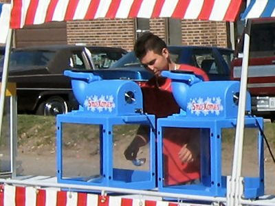 sno-cone-cart-fun-foods-chicago-event-catering-concessions