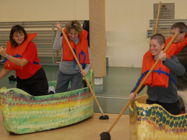 street-canoe-racers-chicago-event-rentals