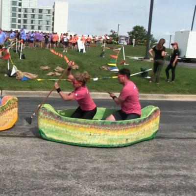 street-canoe-racers2-chicago-event-rentals