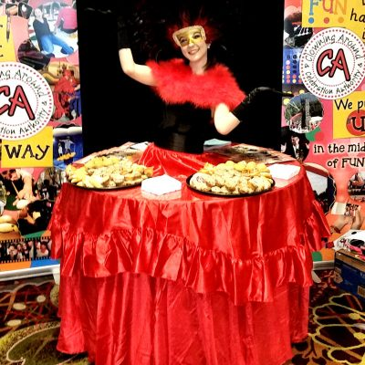 table-lady-chicago-event-performer