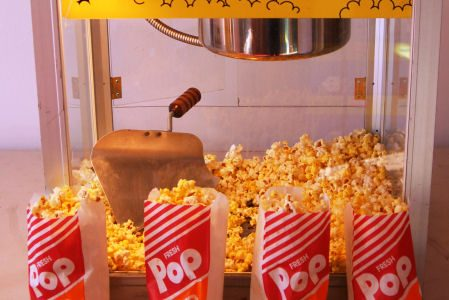 Popcorn-Machine-feature-Chicago-Party-Rentals